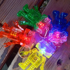 Promotional Custom Logo IT Gifts LED Robot Android Keychain